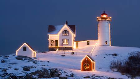 Christmas Lighthouse - Wallpapers de Natal Fantásticos